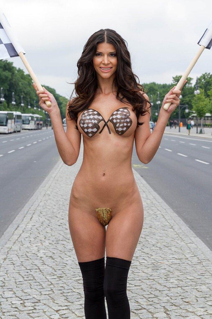 sexy-formula-girls-nude-pics