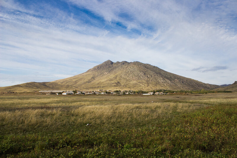 гора и поселок Кремнюха