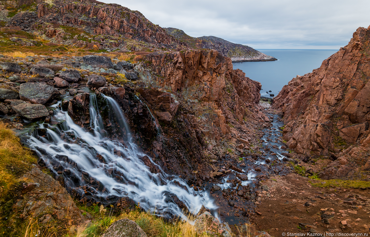 Самый знаменитый водопад Кольского полуострова.
