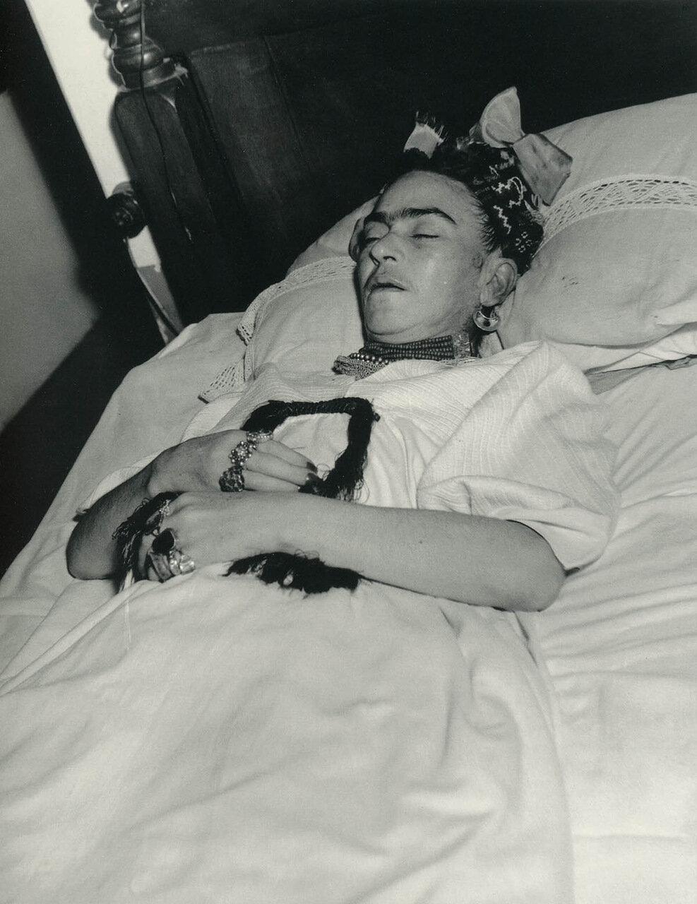1954. Фрида на смертном одре