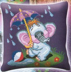 слоник под зонтом - фото