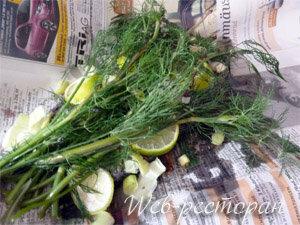 Рыбу подготовить для запекания в духовке с лимоном и травами