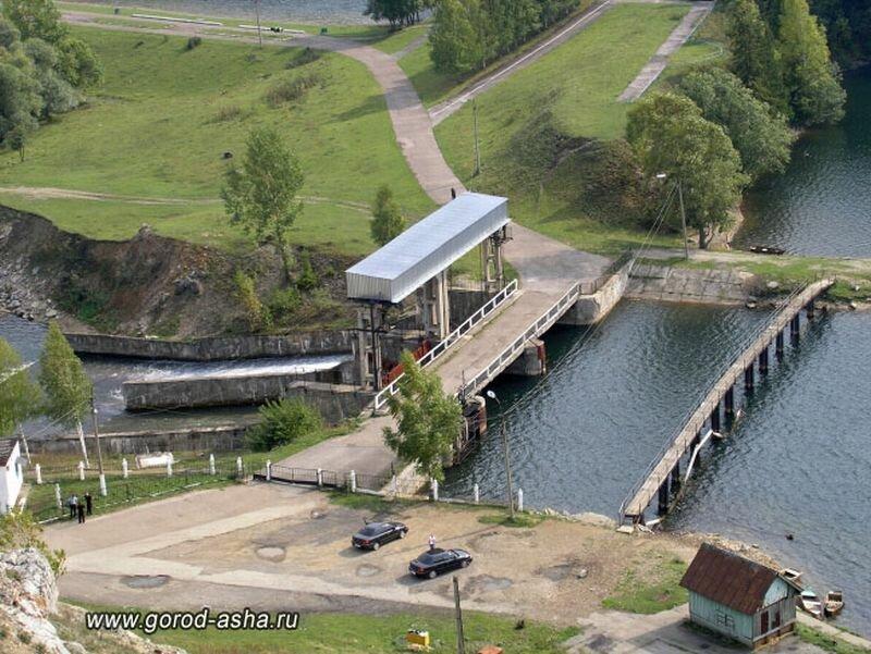Плотина на Симском пруду (28.06.2013)