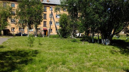 Фото города Инта №5162  Правая часть южной стороны Гагарина 7 16.07.2013_12:27