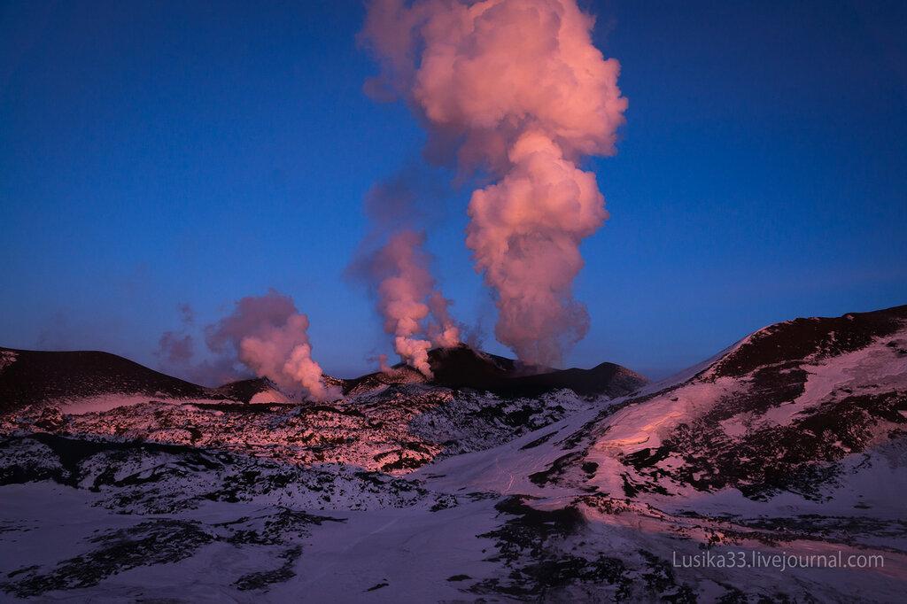 Извержение вулкана Толбачик, Камчатка