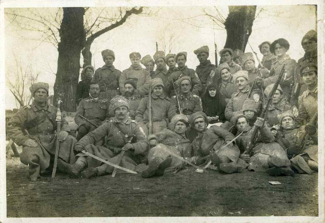 1918. Корниловские добровольцы в Ростове. Январь