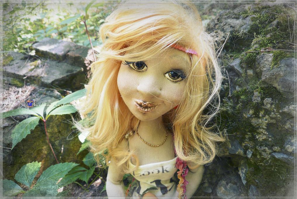 интерьерная текстильная шарнирная кукла Mylene