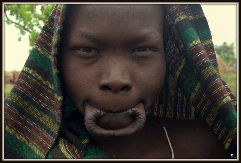 племя мурси фото интимная жизнь