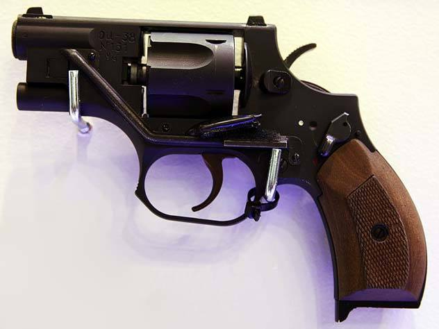Пистолет Ворчун- последняя разработка великого Стечкина