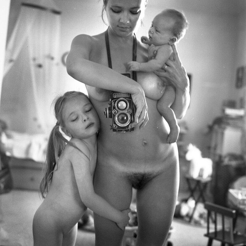 эротика семья фото чувството, преводачката