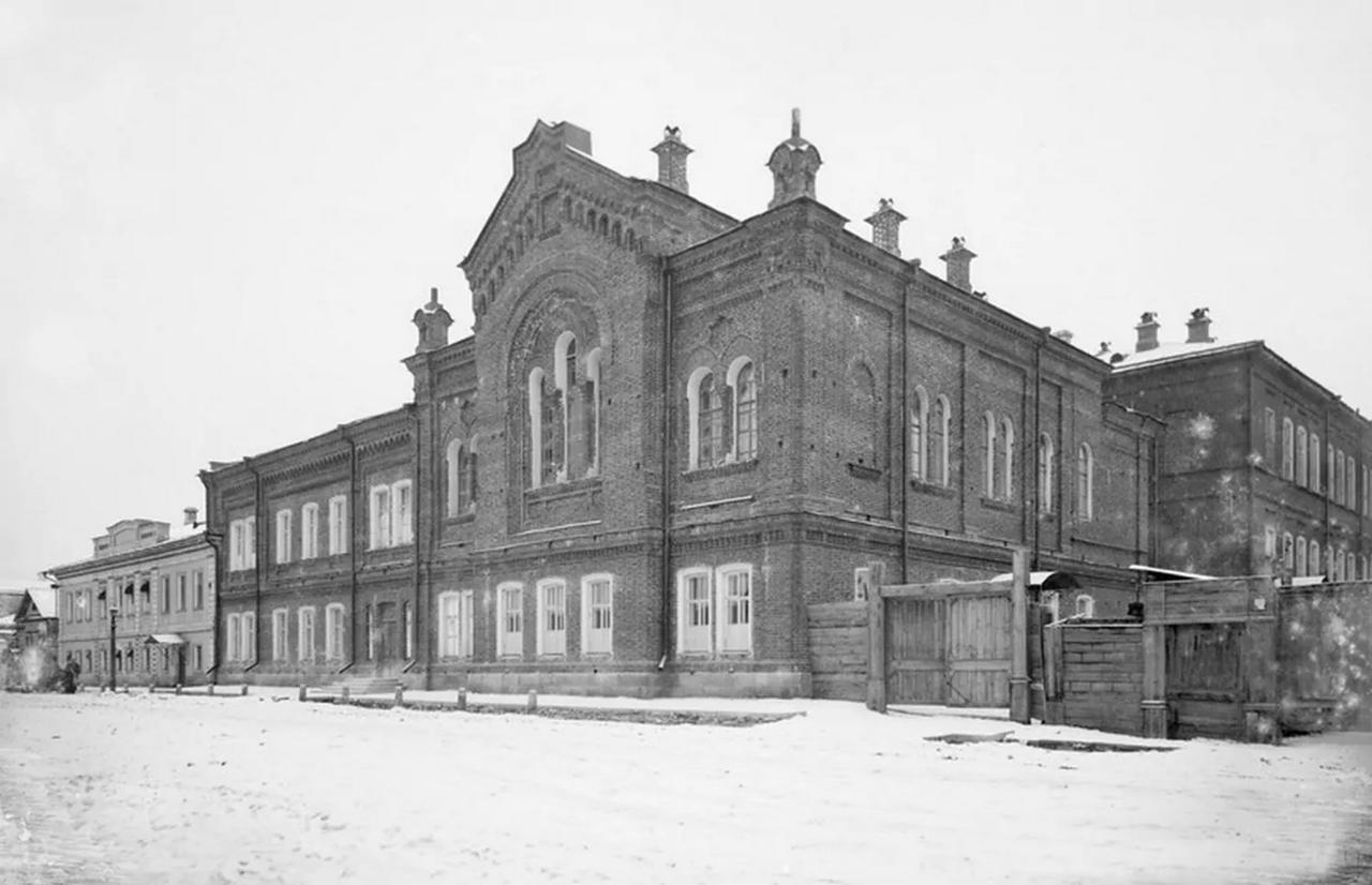 Церковь Святой Магдалины и пансион Первого женского училища