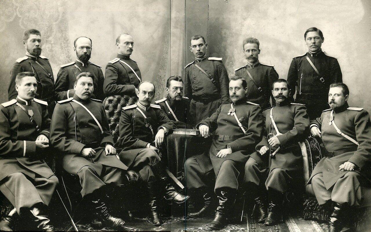 Группа нижегородской полиции.