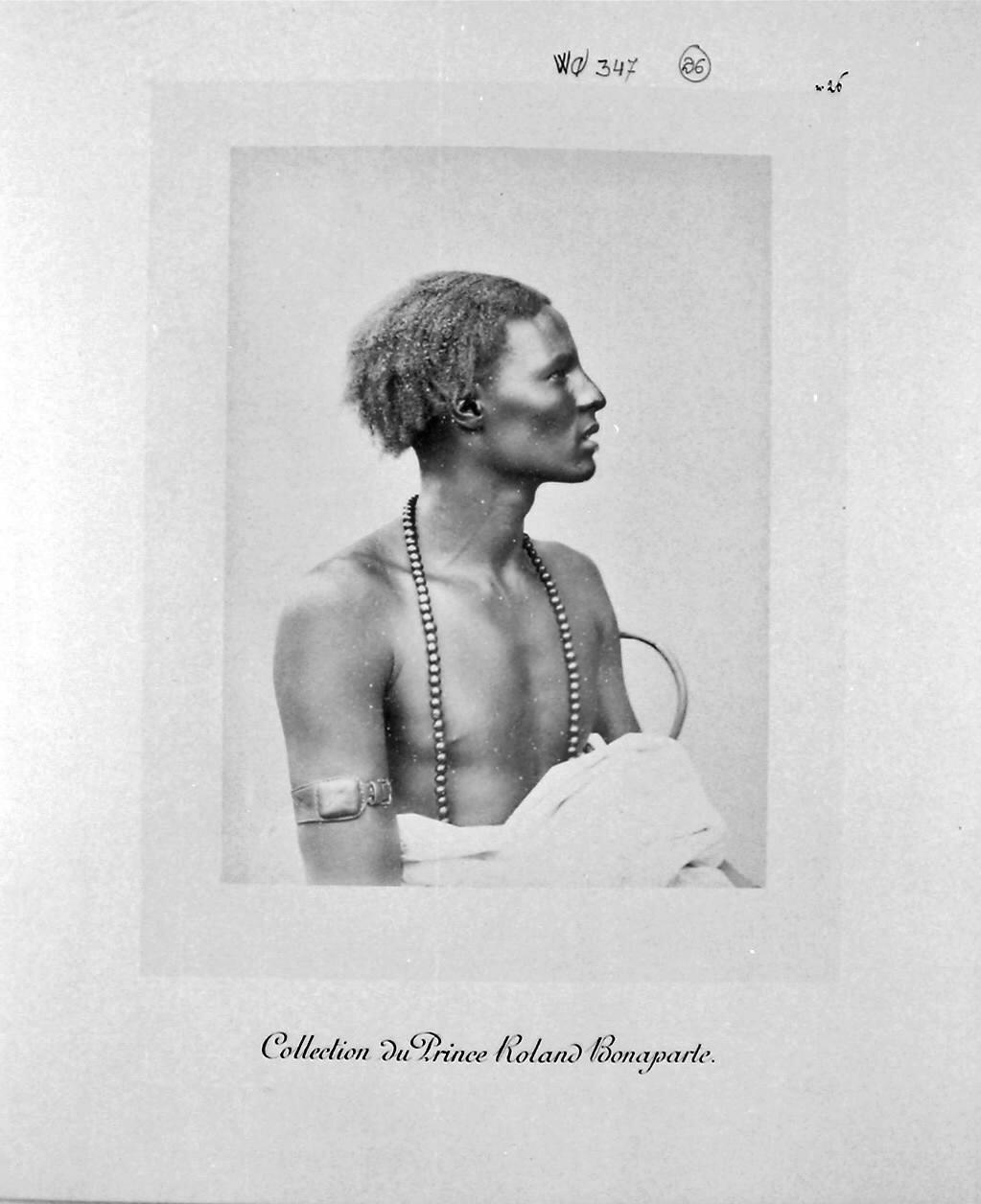 Хандулла Абди из племени Тумаль, 20 лет