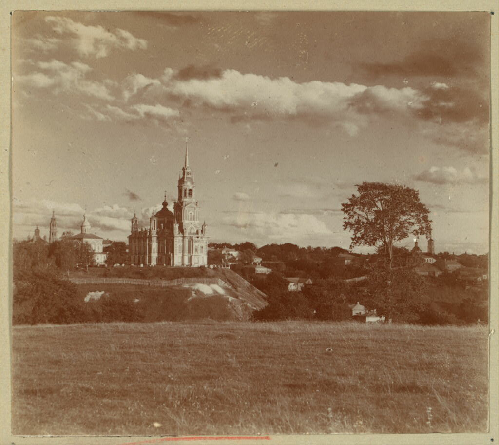 Вид на Можайск с собором с северо-запада. 1911