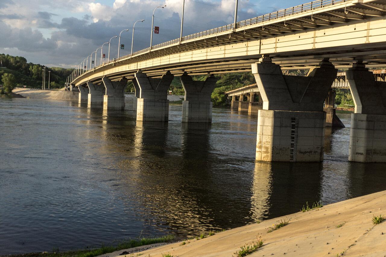 малышки мост через томь в кемерово фото изменения негативно влияют