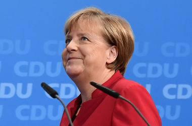 Меркель намерена стать противовесом Трампу, - Financial Times