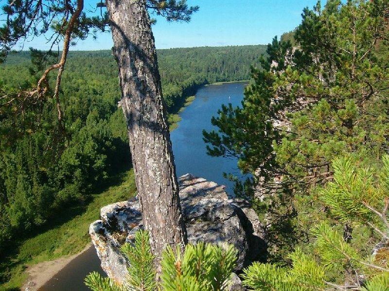 Вид на реку с горы (24.05.2013)