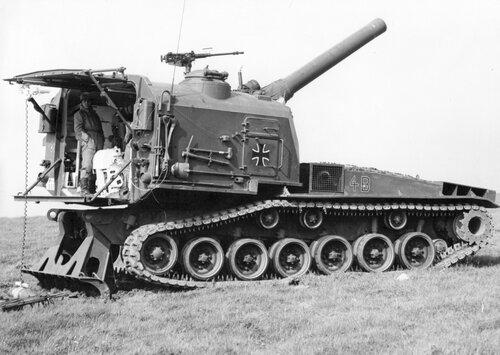 Schwere Panzerhaubitze M 55
