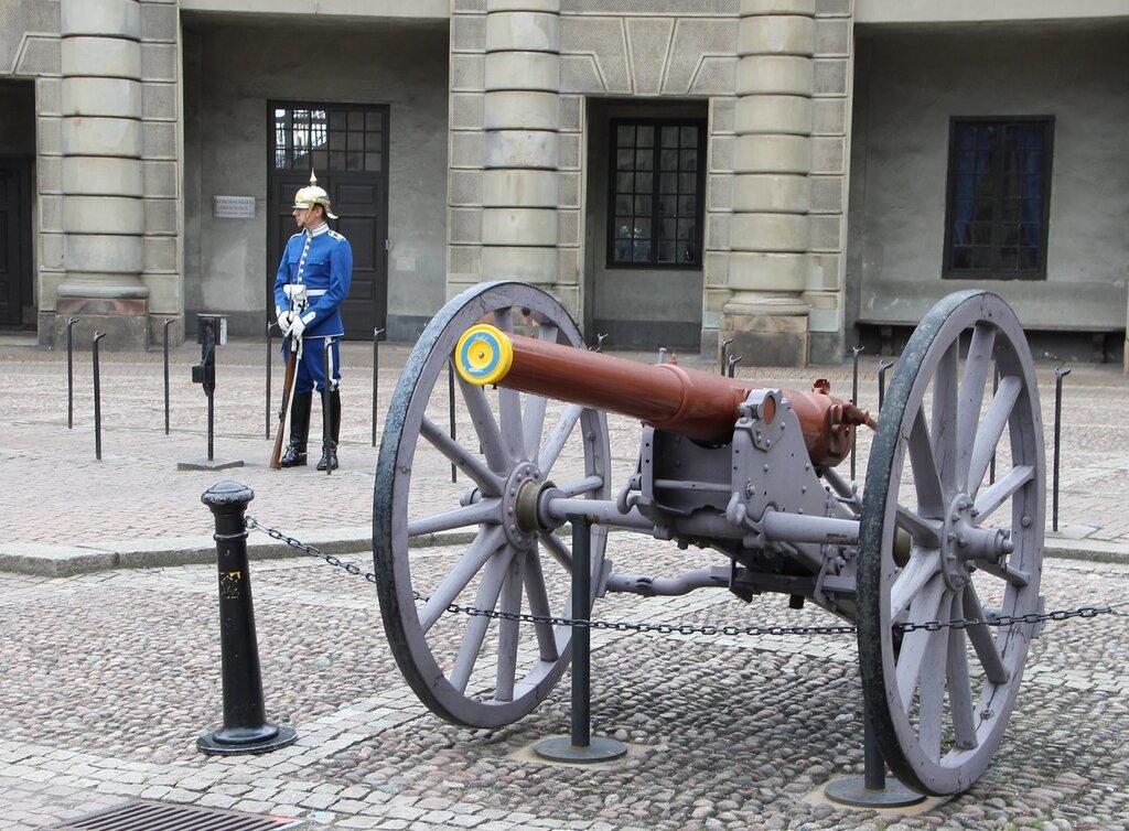 Стокгольм, Дворцовый холм, королевский дворец. Stockholm, Slottsbacken, Royal Palace