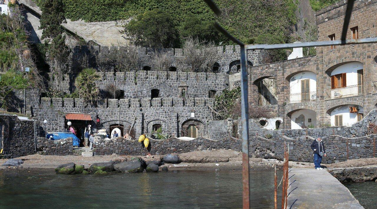 Ischia Ponte. Hotel Villa Antonio