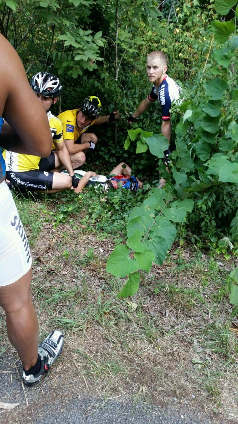 Велосипедист vs олень