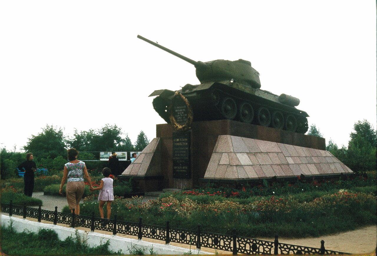 Памятник Курской битве
