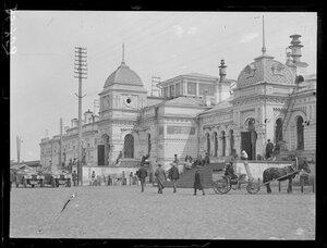 1919, апрель. Омск (но вокзал похож на Иркутский)