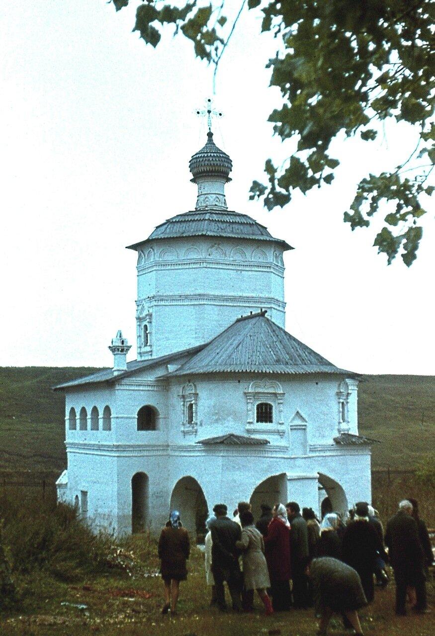 4. Действующая церковь