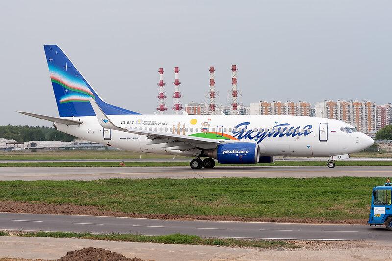 Boeing 737-76Q (VQ-BLT) Якутия DSC_1612