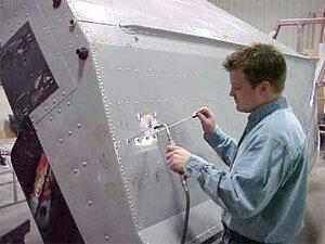Ремонт дюралюминиевого корпуса лодки