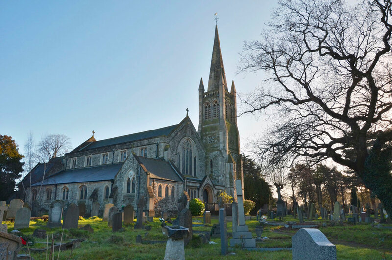 Англиканская церковь и кладбище
