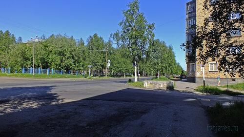 Фото города Инта №4899  Перекрёсток улиц Чернова и Мира (Мира 12