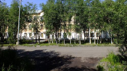 Фотография Инты №5131  Южная сторона Коммунистической 22 (школа №3) 16.07.2013_12:12