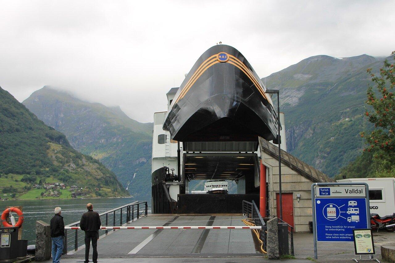 Гейрангер-фьорд, паром. Geirangerfjord.  ferry