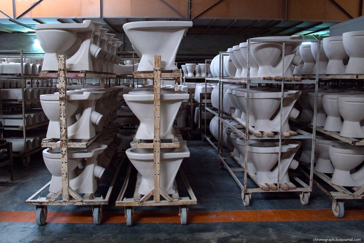 Как делают унитазы, раковины и керамогранит