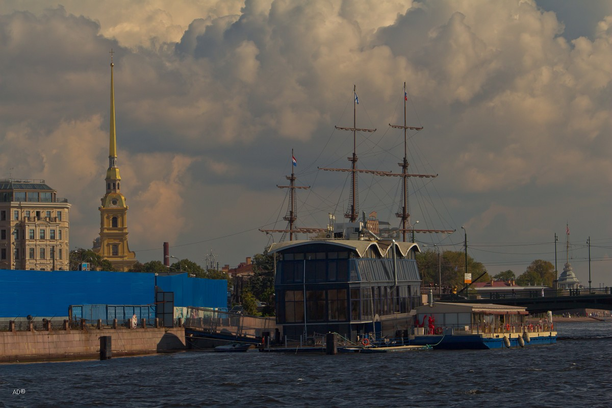 Санкт-Петербург, День второй