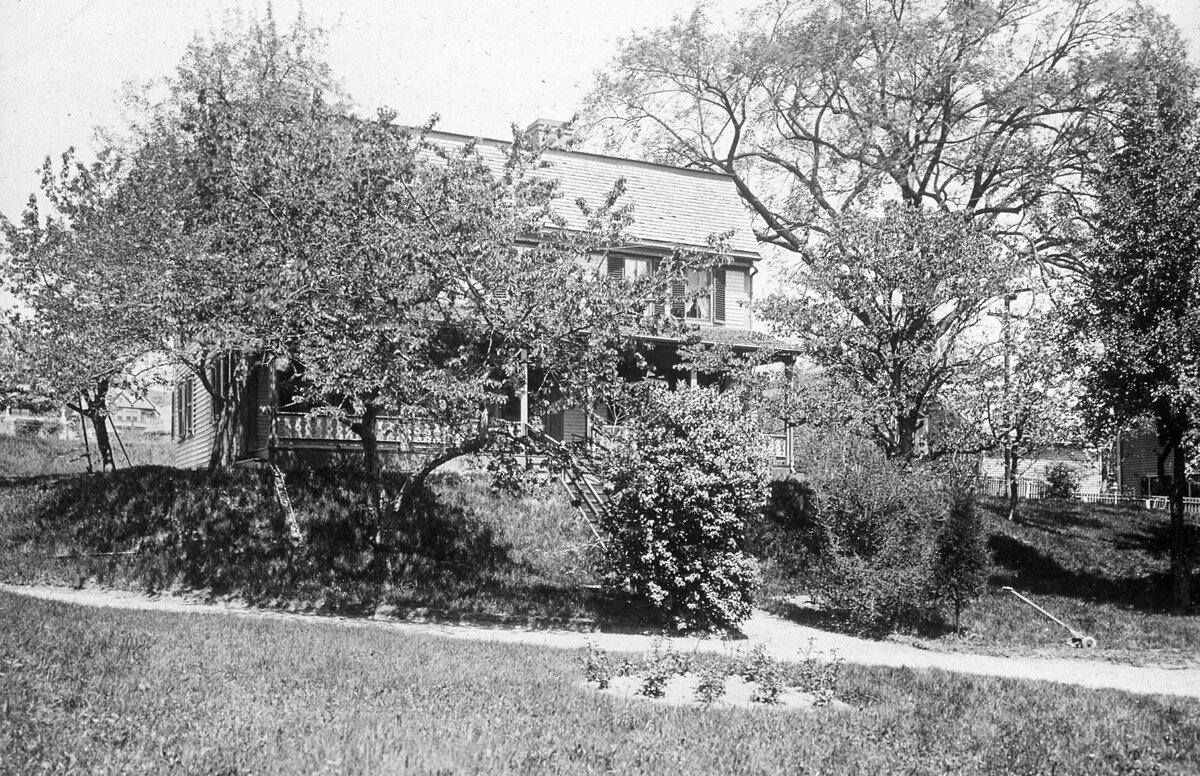 Дом Эноха Визингтона, Вашингтон Стрит