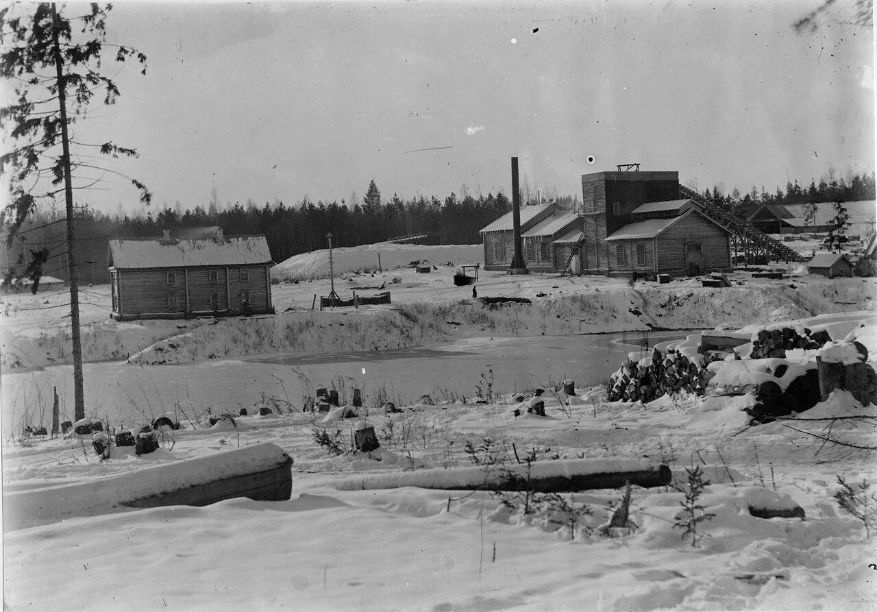 Вид завода зимой