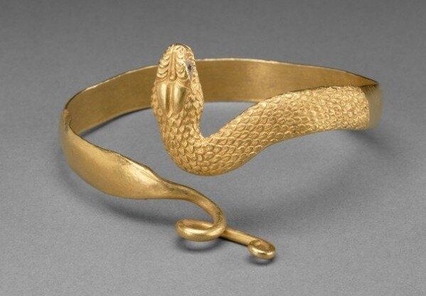 Snake bracelet, made in Greek Egypt, 300-100 BC