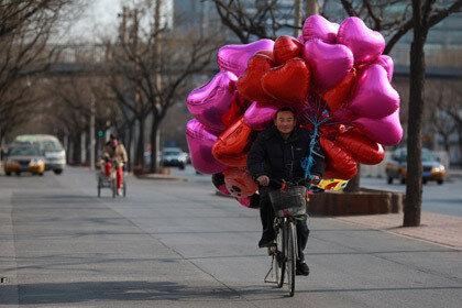 Житель Шанхая хотел сорвать День влюбленных всем любителям кино