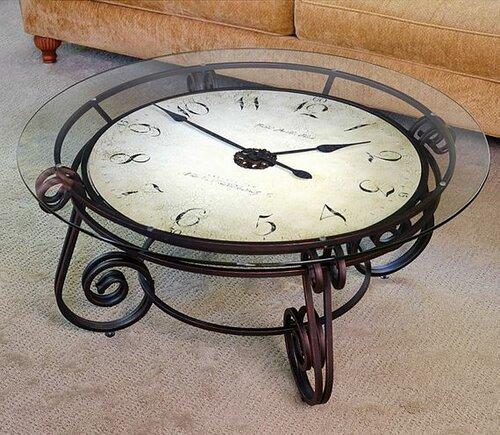 Журнальный столик с огромными часами