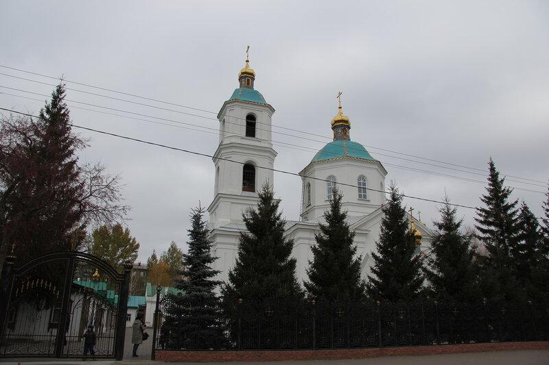 Крестовоздвиженский собор, Омск