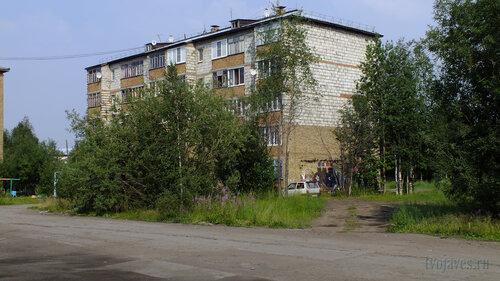 Фото города Инта №5275  Юго-западный угол Заводской 6 25.07.2013_13:38