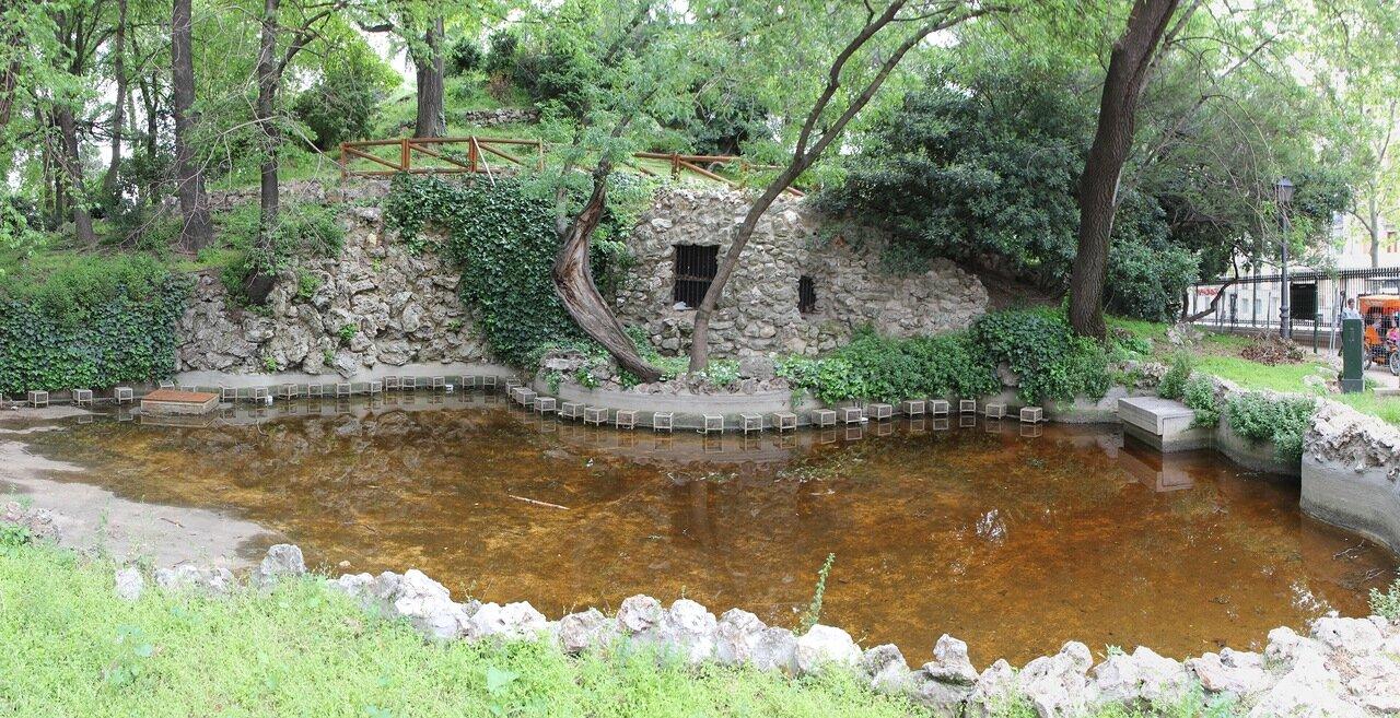 Мадрид. Парк Буэн Ретиро. Искусственная гора (Montaña Artificial)