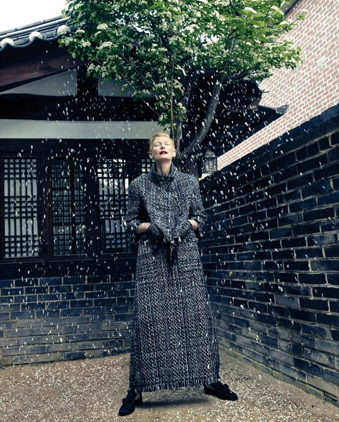 Tilda-Swinton-Chanel-Vogue-Korea-August-2015-Photoshoot10.jpg