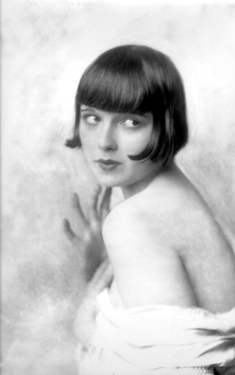 Louise Brooks - by Alfred Cheney Johnston