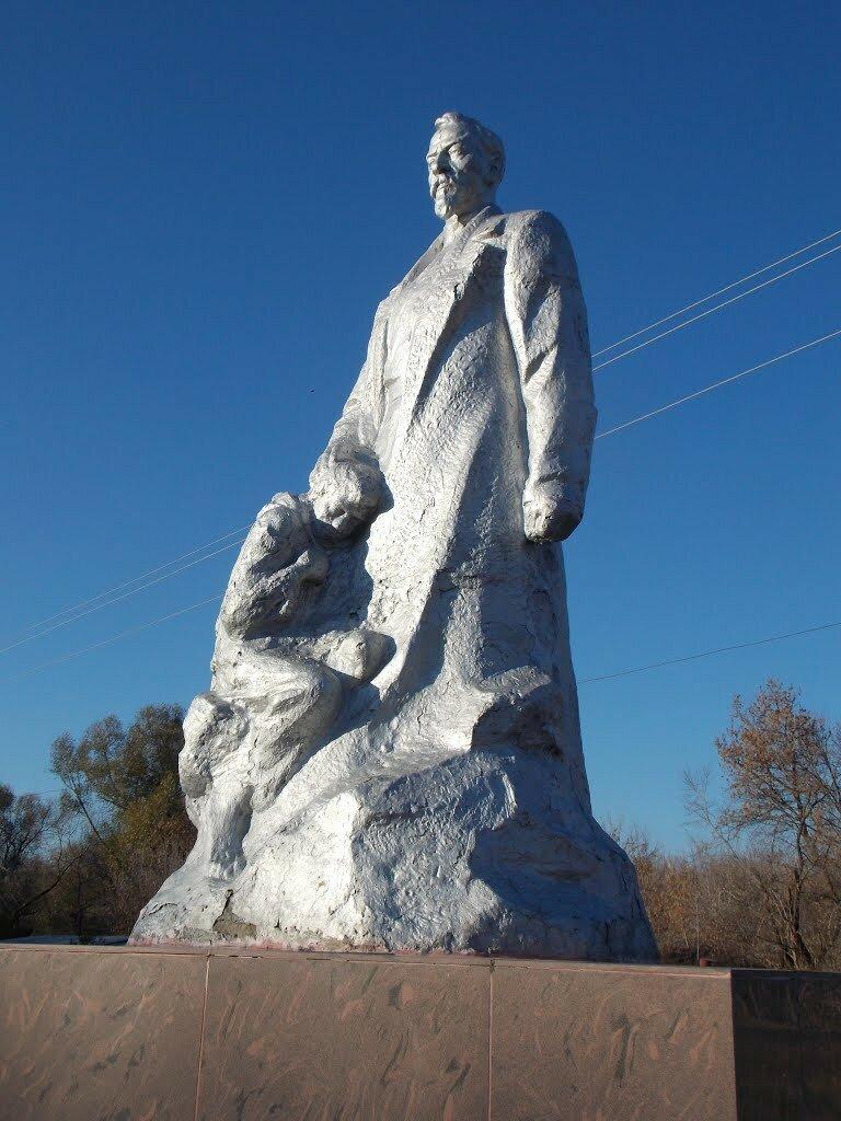 Памятник с ангелом Эртиль памятник с семейный Кунгур