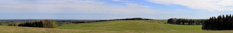 Панорама с горы Мамониха, вид на дорогу в поле на склоне