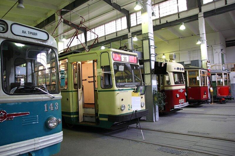 В  в музее городского электрического транспорта Санкт-Петербурга IMG_8698