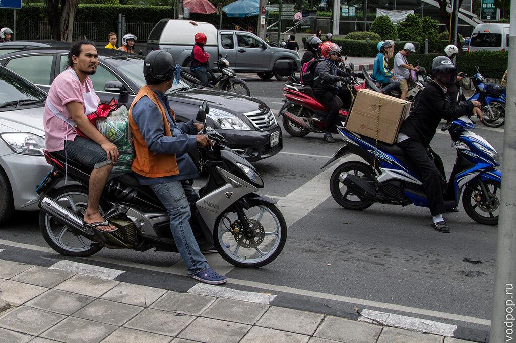 Мото-такси в Бангкоке